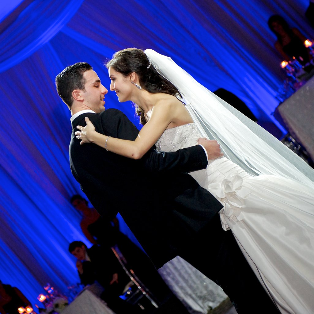 first dance at the Venetian toronto wedding photographer