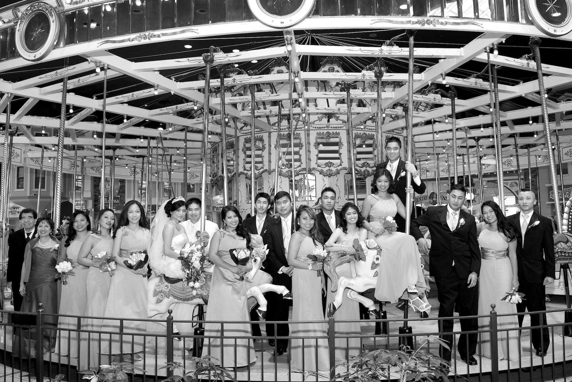 merry go round wedding photos