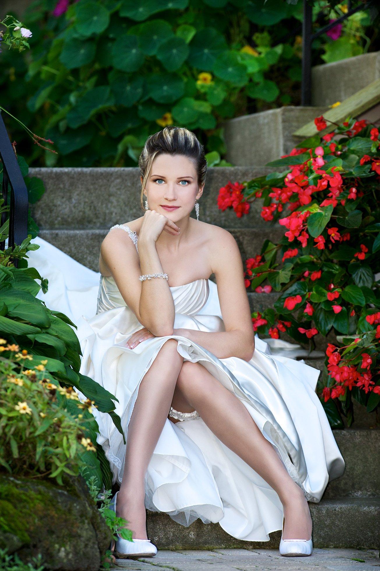 Toronto bride cover photo