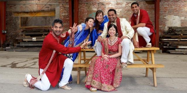 Hindu wedding party toronto wedding photographer
