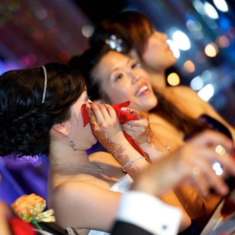 candid photos of asian wedding